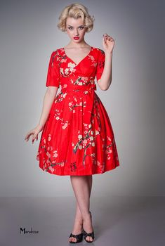 So in love with this dress!  -Limb Vanity Project classic retro day wear dress