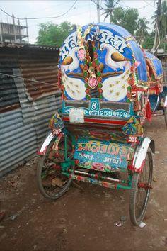 Bangladesh rickshaw art~Image via Creative Roots