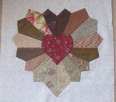 Quilting Assistant : Free Pattern : Valentine Heart Block