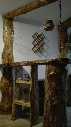 Bar cioplit  din lemn,se suspenda din tirfor aplicat pe lant