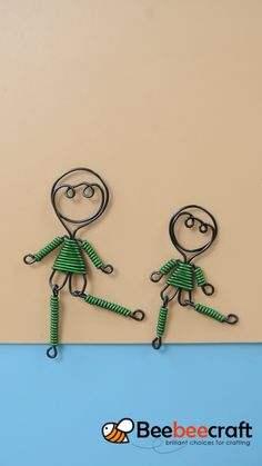 Diy Crafts - doll,craft-Beebeecraft tips on making doll craft with beadingwire. Bee Crafts, Doll Crafts, Wire Jewelry Designs, Jewelry Crafts, Art Fil, Wire Art Sculpture, Wire Weaving, Metal Crafts, Beads And Wire