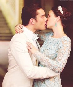 Blair and Chuck are the most dapper prom couple in the whole world. Ever (xoxo)