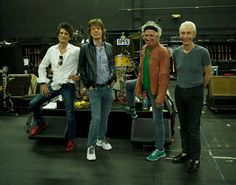 Tweets with replies by The Rolling Stones (@RollingStones) | Twitter