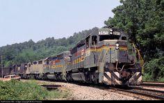 RailPictures.Net Photo: LN 3571 Louisville & Nashville EMD SD40-2 at Baxter, Kentucky by Ron Flanary