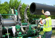 Butt fusion weldings works for HDPE pipes DN400.