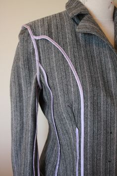 Gertie's New Blog for Better Sewing: Inside a Contemporary Jacket. Bias binding on princess seams, arm cyes, darts.