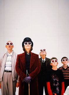 """""""Charlie and the Chocolate Factory"""" - Johnny Depp, directed by Tim Burton Iconic Movies, Great Movies, Cult Movies, Movies Showing, Movies And Tv Shows, Film Tim Burton, Burton Burton, Charlie Chocolate Factory, Photographie Indie"""