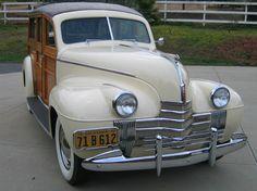 1940 - OLDSMOBILE 40 WOODY