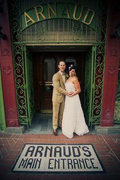 New Orleans wedding // joie du jour photography Best Of New Orleans, New Orleans Louisiana, New Orleans Elopement, New Orleans Wedding, 15th Wedding Anniversary, Courtyard Wedding, Dear Future Husband, Wedding News, Southern Weddings