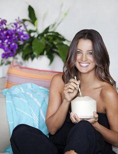 Heaven on Earth Retreat, Bali | ABOUT  Melissa Ambrosini, smart & FUN girl from Australia