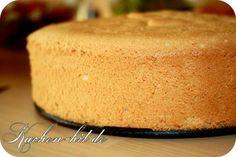 Biskuitboden Rezept mit Bild. Biskuitteig als Tortenboden oder für vielle andere Kuchensorten leicht gemacht.