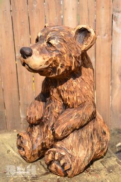 Chainsaw Wood Carving, Wood Carving Art, Wood Art, Chain Saw Art, Simple Wood Carving, Whittling Wood, Driftwood Sculpture, Tree Carving, Wood Carving Patterns