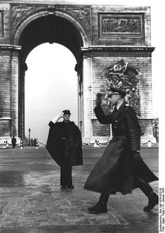 "Arc de Triomphe WWII, Occupation in Paris. A french ""gendarme "" salutes a german officer. Charles Trenet, Old Paris, Triomphe, The Third Reich, German Army, Women In History, Military History, World War Two, Wwii"