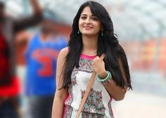 Anushka Shetty is a well-known Indian actress and model who predominantly appears in the Tamil films. The nice looking actress draws the attention of audience Actress Anushka, Tamil Actress, Indian Celebrities, Hollywood Celebrities, Belly Dance Lessons, Anu Emmanuel, World Most Beautiful Woman, South Indian Actress, Girl Humor
