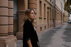 Feminism Statement Shirt Checked Midi Skirt karierter Rock Bleistiftrock Garrett Leigh Glasses Modeblog Heidelberg Fashionblogger Sariety-8