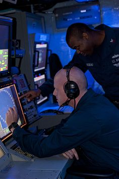File:Flickr - Official U.S. Navy Imagery - Sailors monitor for submarines at sea..jpg