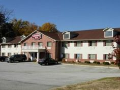 Toccoa (GA) Country Hearth Inn Toccoa United States, North America Country Hearth Inn Toccoa is perfectly located for both business and leisure guests in Toccoa (GA). Both business travelers and tourists can enjoy the hotel's facilities and services. To be found at the hotel are Wi-Fi in public areas, car park, business center. Each guestroom is elegantly furnished and equipped with handy amenities. The hotel offers various recreational opportunities. Convenience and comfort m...