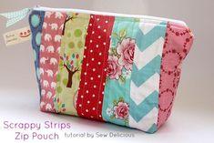 Scrappy Fabric Strip Zipper Pouch – Tutorial - http://sewing4free.com/fabric-strip-zipper-pouch-tutorial/