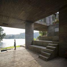 Pezo von Ellrichshausen: Casa Guna en San Pedro de la Paz (Chile)