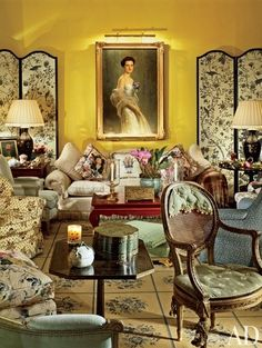 Mario Buatta designed a French country–style residence in Manila, Philippines. In the living room, tables from Kentshire Galleries flank the sofa, and the painted chair is Italian. French Country Chairs, English Country Style, French Country Bedrooms, French Country Living Room, Country Style Homes, Traditional Living Room Furniture, Traditional Interior, French Decor, French Country Decorating