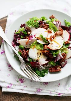 Apple Pecan Green Salad, Excellent Side Dish, or Even Lunch!
