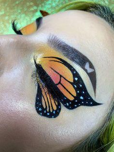 Creative Makeup Looks Makeup Creative makeup looks ; kreative make-up-looks Glam Makeup Look, Makeup Eye Looks, Eye Makeup Art, Crazy Makeup, Makeup Inspo, Eyeshadow Makeup, Eyeliner, Makeup Ideas, Face Makeup
