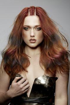Finde jetzt neue Haarfarben Trends auf www.menschenimsalon.de