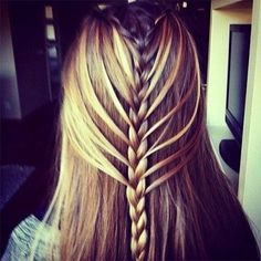 http://amazing-hair.digimkts.com I love hair bun !! My friend has this. Beautiful. Click for tips.