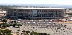 Vista geral do estádio Mané Garrincha, em Brasília, antes de jogo da Copa do Mundo, em 2014