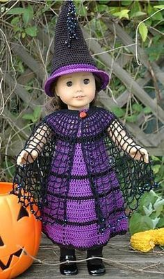 OMG how precious is this American Girl FREE CROCHET PATTERN Witch Cloak. The other items are available from the designer as well. Outstanding!