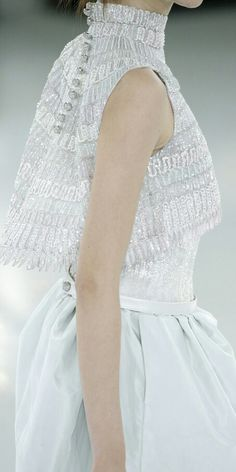 That high neck and the bride's buttons -- Chanel Haute Couture Spring 2014