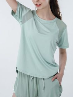 Gauze Patch Quick-Drying Short Sleeve Yoga T-Shirt #Tops #TShirts #Athleisure #Sportwear #Yogawear #casualwear #casualoutfits #DailyCasual Casual Wear, Casual Outfits, Dress Attire, Yoga Wear, Fashion Colours, Types Of Sleeves, Sleeve Styles, Sportswear, Crop Tops