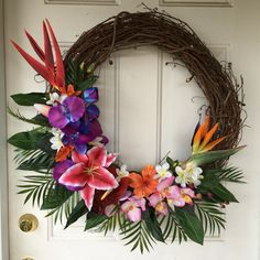 "My tropical wreath!  Aloha! Need to find/make a little sign saying ""aloha"" in the center! Summer Christmas, Coastal Christmas, Christmas Themes, Tropical Christmas Decorations, Christmas 2017, Christmas Wreaths, Easter Wreaths, Tropical Doors, Wreath Crafts"