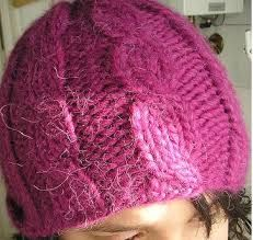 Resultado de imagen para boinas tejidas en dos agujas Beanie, Knitting, Home Decor, Tapestry Weaving, Cornrows, Trapillo, Decoration Home, Tricot, Room Decor
