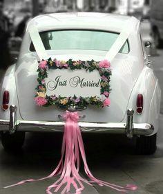 Jak udekorować auto do ślubu?