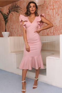 To The Next Level Midi Dress Musk - - To The Next Level Midi Dress Musk Source by jimedeleon Trendy Dresses, Elegant Dresses, Cute Dresses, Formal Dresses, Pink Dresses, Dress Outfits, Fashion Dresses, Simple Prom Dress, Evening Dresses