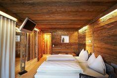 Art & Ski-in Hotel Hinterhag by Evi Fersterer
