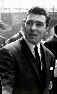 Reggie Krays first visit to meet Charles Bronson. (Reg admitted being terrified about meeting him apparently). The Krays, Real Gangster, Charles Bronson, Prison, Gangsters, Mafia Crime, Al Capone, Psychopath, Underworld