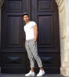 stylish casual summer outfits ideas for mens 38 ⋆ talkinggames net is part of Sports fashion men - stylish casual summer outfits ideas for mens 38 Mode Masculine, Casual Summer Outfits, Simple Outfits, Stylish Outfits, Stylish Men, Men Casual, Casual Styles, Casual Pants, Style Masculin
