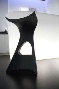 Koncord stool, design by Karim Rashid | Slide
