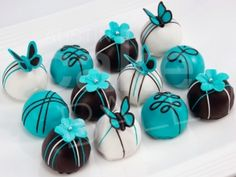 cake balls for Emma's birthday this weekend :) hopefully ours turn out just as adorable.