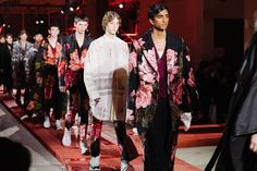 Youth and pop culture provocateurs since Fearless fashion, music, art, film, politics and ideas from today's bleeding edge. Lv Men, Declaration Of Independence, Pop Culture, Alexander Mcqueen, Kimono Top, Menswear, Coat, Fashion, Moda