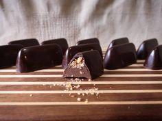 Small batch, handmade gianduja with caramelized hazelnut pieces . . . #praline #chocolat #bonbonchocolat #gianduja #hazelnut #chocolatier #confections #biteandchiu #couverture #confectionary #darkchocolate #handmade #smallbatch #toronto #fermentation #sweettooth #decadent #chocolates #foodporn #pastrychef Pastry Chef, Chocolates, Toronto, Caramel, Sweet Tooth, Food Porn, Cooking Recipes, Handmade, Sticky Toffee