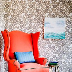 Wallpapers with natural motifs will look fresh for decades. For a contemporary look, though, choose less literal interpretations, like the drawings of blooms that make up this paper from Portland-based Makelike. Via @sunsetmag