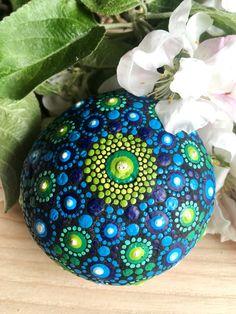Log in to your Etsy account. Stone Mandala, Mandala Rocks, Mandala Artwork, Painted Stones, Learn To Draw, Mandala Design, Stone Painting, Create Yourself, Design Art