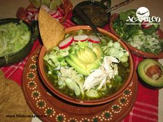 #gastronomiademexico En el restaurante Pipo's de Acapulco te ofrecen un rico pozole. GASTRONOMÍA DE MÉXICO. Si quieres probar el tradicional pozole de Guerrero, debes visitar el restaurante Pipo's en Acapulco durante tus próximas vacaciones, ya que sirven uno delicioso y podrás elegir entre la gran variedad que ofrecen. Visita la página oficial de Fidetur Acapulco, para obtener más información.