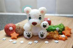 Polar bear onigiri by Instagram suitching_bento