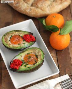 21 recetas bajas en carbohidratos que te van a hacer descubrir un nuevo mundo Düşük karbonhidrat yemekleri Comida Keto, Avocado Egg, Deli, Low Carb, Eggs, Breakfast, Healthy, Recipes, Food