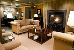 Cork Factory Hotel - Room Reservations - TravelBookingBuddy.com