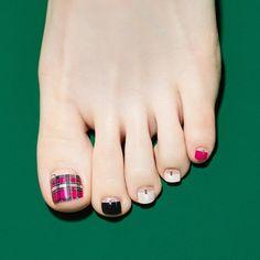 Pedicure Designs, Pedicure Nail Art, Toe Nail Designs, Toe Nail Art, Mani Pedi, Art Designs, Uv Gel Nails, Us Nails, French Tip Pedicure
